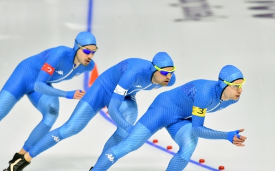 Speed skating: team pursuit and W 500 meters